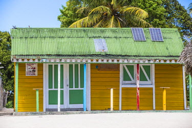 DM01366 Dominican Republic, Punta Cana, Parque Nacional del Este, Saona Island, Mano Juan, a picturesque fishing village