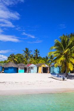 DM01378 Dominican Republic, Punta Cana, Parque Nacional del Este, Saona Island, Mano Juan, a picturesque fishing village