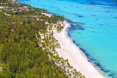 DM01452 Dominican Republic, Punta Cana, Cap Cana, View of Juanillo Beach
