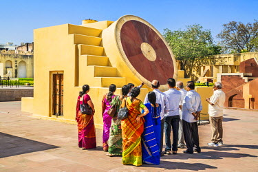 IND7859 India, Rajasthan, Jaipur.  An astrological instrument in the early 18th century Jantar Mantar observatory which was used to find out if the heavenly bodies were positioned in the northern or southern...