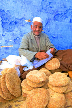MC03074 Vendor with Freshly Baked Bread, Rabat, Morocco, North Africa