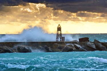 US11705 Florida, North Miami Beach, Bal Harbour Lighthouse Jetty, Sunrise