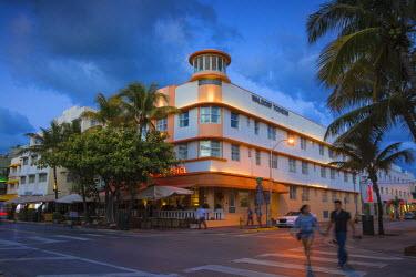 US11784 U.S.A, Miami, Miami Beach, South Beach, Ocean Drive, Waldorf Hotel