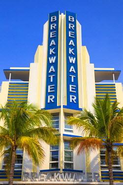 US11816 U.S.A, Miami, Miami Beach, South Beach, Ocean Drive, Breakwater Hotel
