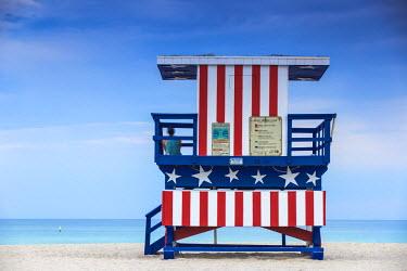 US11753 U.S.A, Miami, Miami beach, South Beach, Life guard beach hut