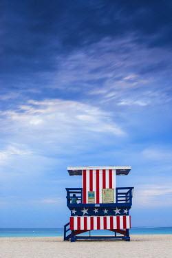 US11754 U.S.A, Miami, Miami beach, South Beach, Life guard beach hut