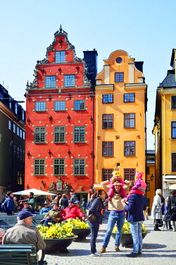 SWE4270AW Stortorget, the oldest square in Gamla Stan, the Old Town of Stockholm, with houses dating back to the 17th and 18th centuries. Sweden
