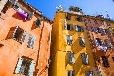 FR02597 Colouful buildings, Grasse, Alpes-Maritimes, Provence-Alpes-Cote D'Azur, French Riviera, France