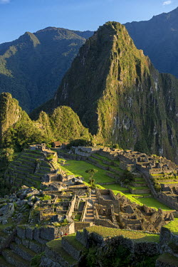 PER33883AW South America, Peru, Urubamba Province, Machu Picchu, UNESCO World Heritage site