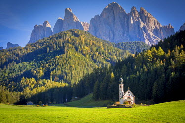 ITA4750AW South Tyrol, Italy, Dolomites Alps. Val di Funes and Santa Maddalena church with Odle Mountains in background