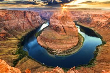 USA10279AW Page, Arizona, USA. The Horseshoe Bend, Colorado River, Grand Canyon.