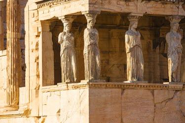 GR01315 Greece, Attica, Athens, The Acropolis, The Erechtheion, Porch of the Caryatids