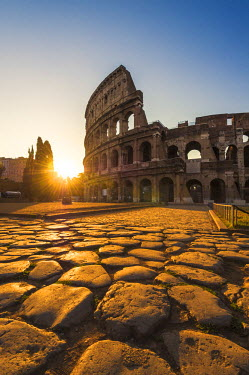 ITA4856AW Rome, Lazio, Italy. Colosseum at summer sunrise.