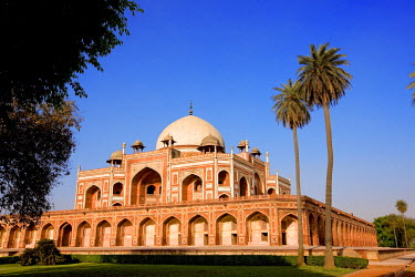 HMS0259553 India, Delhi, Emperor Humayun's Tomb, 16th century Mughal tomb listed as World Heritage by UNESCO