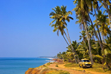 HMS0302616 India, Kerala State, Varkala, Ambassador taxi on Odayam Beach a few kilometers south