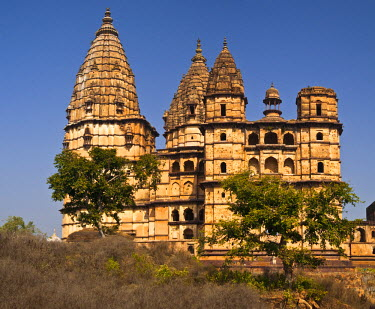 HMS0334518 India, Madhya Pradesh State, Orchha, Ram Raja Temple, a former palace of 17th century converted into a temple