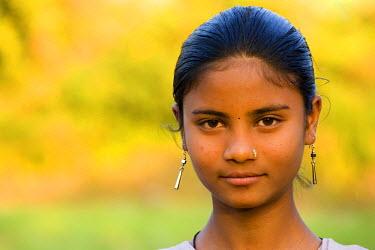 HMS0443284 India, Madhya Pradesh State, Mandu, girl