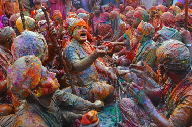 HMS0531412 India, Uttar Pradesh state, Vrindavan, Holi festival, colour and spring festival celebrating the love between Krishna and Radha