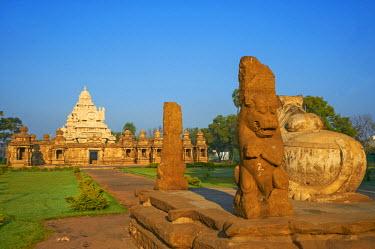 HMS0828663 India, Tamil Nadu State, Kanchipuram, Kailasanatha Temple of the 8th century