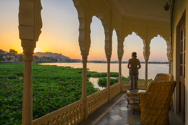 HMS1854242 India, Rajasthan State, Kishangarh, the Phool Mahal Palace on the shore of Gundalao Lake, constructed in 1870, served as the royal palace of the Kishangarh Maharaja and has now been converted into a c...