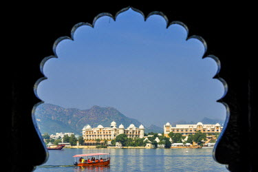 HMS2190781 India, Rajasthan state, Udaipur, Lake Pichola