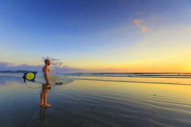 CS02234 Costa Rica, Guanacaste, Nicoya Peninsula, Nosara, Playa Guiones (MR)