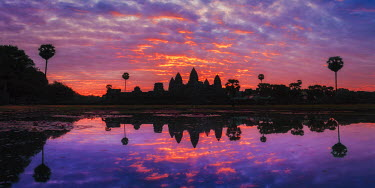 CM02061 Cambodia, Temples of Angkor (UNESCO site), Angkor Wat