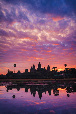 CM02063 Cambodia, Temples of Angkor (UNESCO site), Angkor Wat