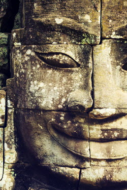 CM02070 Cambodia, Temples of Angkor (UNESCO site), Bayon, smiling face of Avalokiteshvara