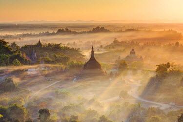 BM01487 Myanmar (Burma), Rakhine State, Mrauk U Archaeological Sitesunr