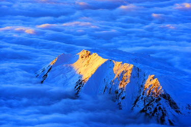 FRA8659 Europe, France, Haute Savoie, Rhone Alps, Chamonix, sea of clouds weather inversion over Chamonix valley