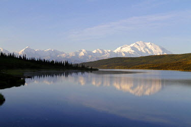 USA10304 Alaska, USA, Denali National Park. Mt McKinley (Denali) and part of the Alaska Range reflected in Wonder Lake at sunrise, Denali National Park
