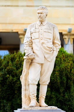 GEO0156 Eurasia, Caucasus region, Georgia, Shida Kartli, Gori, Museum of Joseph Stalin, Stalin statue, Gori is birth place of Stalin
