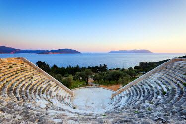 TUR0563 Turkey, Mediterranean Region, Turquoise Coast, Lycia, Kas, Antiphellos ruins, Lycian amphitheatre