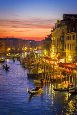 ITA4878AW Venice, Veneto, Italy. Gondolas and the Grand Canal from Rialto Bridge at sunset