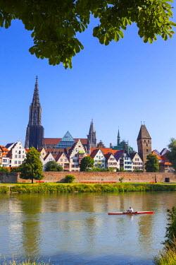 DE05918 Old Town Ulm & The River Danube, Ulm, Baden-Wurttemberg, Germany