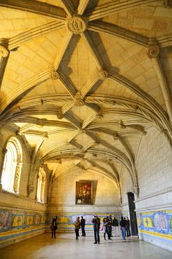 POR8272AW The Ancient Refectory of the Jeronimos Monastery (Mosteiro dos Jeronimos), a UNESCO World Heritage Site. Lisbon, Portugal