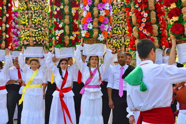 POR8319AW The Festa dos Tabuleiros (Festival of the Trays) in Tomar. This festival is an ancient tradition, and the most important celebrated in the city, attracting people from all over the world. People parad...