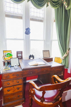 TPX50952 England, Kent, Broadstairs, Bleak House, The Charles Dickens Study and Writing Desk