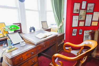 TPX50953 England, Kent,Broadstairs, Bleak House, The Charles Dickens Study and Writing Desk