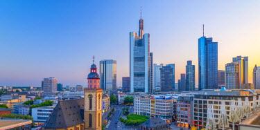DE07007 Germany, Hessen, Frankfurt Am Main, City skyline with St. Katherine's church (St.-Katharinen-Kirche)(Katharinenkirche)