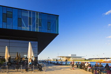 DEN0237AW Denmark, Hovedstaden, Copenhagen. The Royal Danish Playhouse and Opera House.