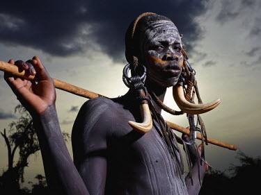ETH2756AW Mursi man, Omo Valley, Ethiopia, Africa