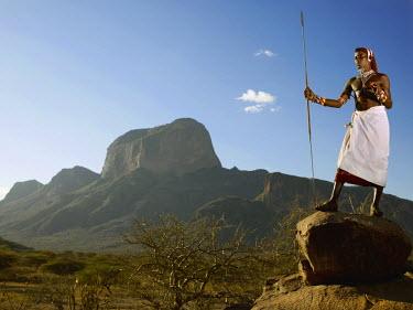 KEN10004AW Samburu warrior, Poi, Kenya, Africa