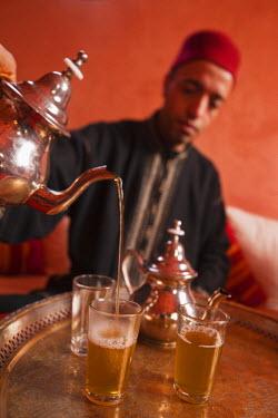 HMS0706696 Morocco, Agadir Province, Tighanimine Elbaz, Ecolodge Kasbah Atlas, Ceremony mint tea