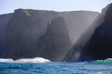 HMS1913775 South Africa, Eastern Cap, Wild Coast, Rocks at Wild Coast