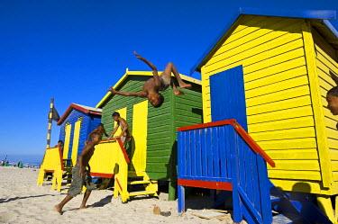 HMS0385642 South Africa, Western Cape, Cape Peninsula, Muizenberg, beach huts