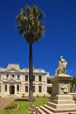HMS0374588 South Africa, Western Cape, wine road, Stellenbosch, former headquarters of the magistracy which has become the theological seminar of the University
