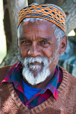 HMS0375411 South Africa, Western Cape, Cape Town, malay district of Bo Kaap, portrait of an older man