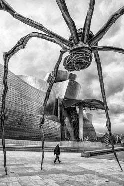 """SPA6592AW �Maman"""" - bronze, marble and stainless steel spider sculpture by Louise Bourgeois, Bilbao, Biscay, Spain"""